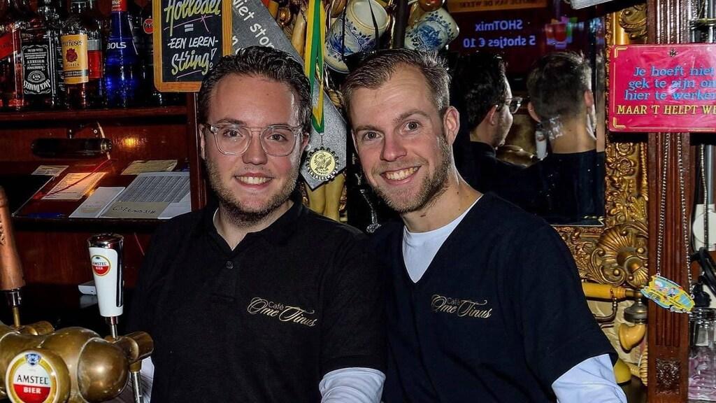 Jesse (links) en Kevin van café Ome Tinus