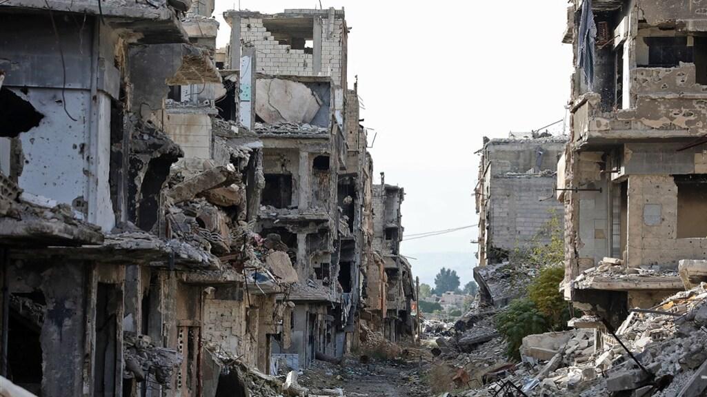 Grote delen van de Syrische hoofdstad Damascus zijn verwoest na 10 jaar oorlog.
