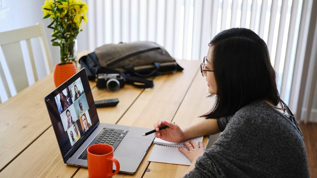Videobellen vraagt veel van onze concentratie.