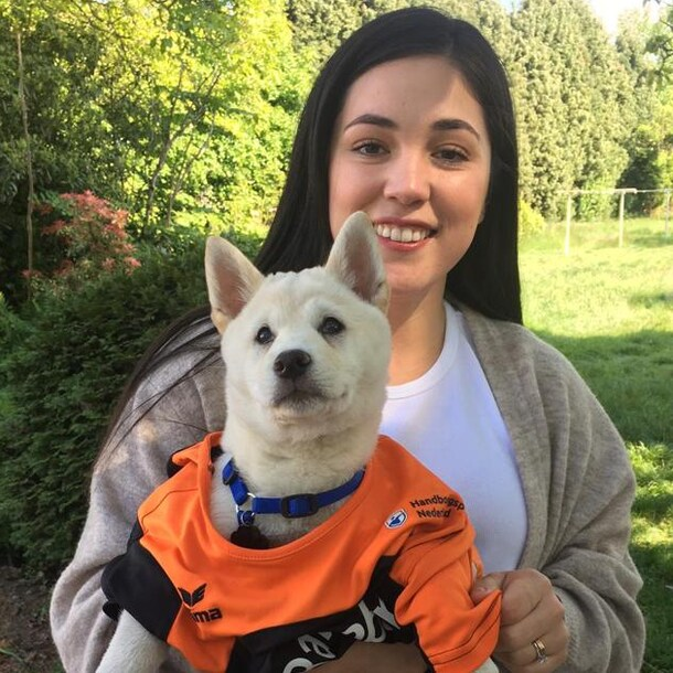 Gabriela met hond Chiro