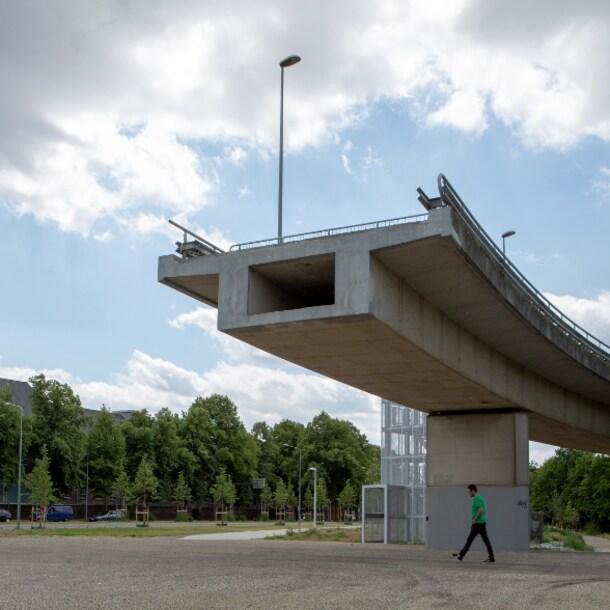 De snelweg in Maastricht