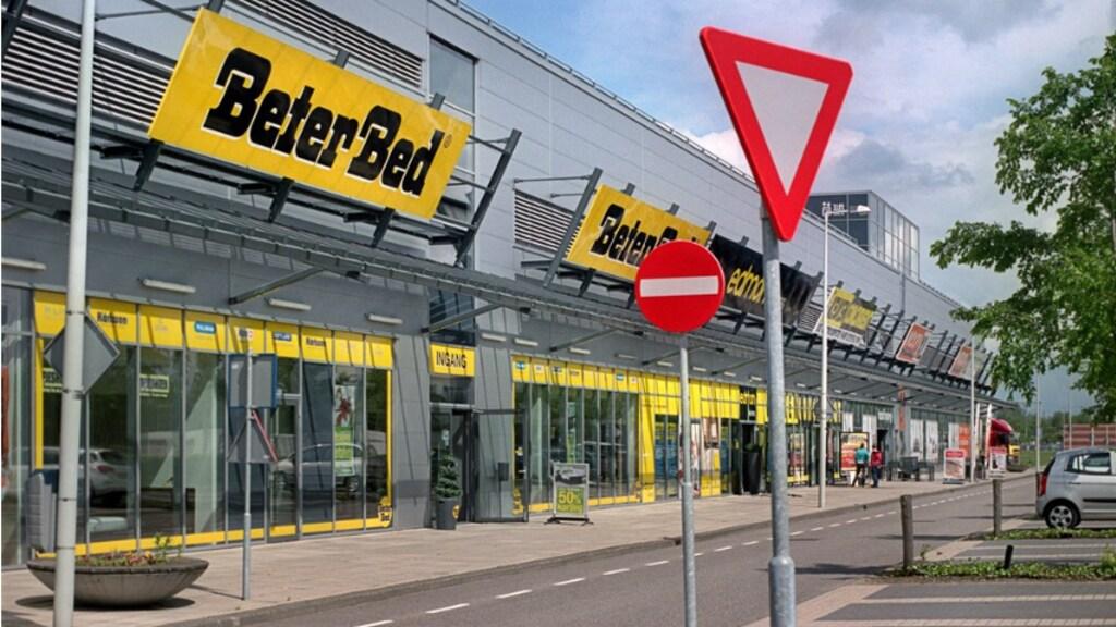 Het Amsterdamse winkelcentrum Westpoort was ooit deel van de failliete bedrijven.