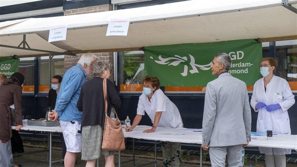 De kraam op de markt in Rotterdam Delfshaven