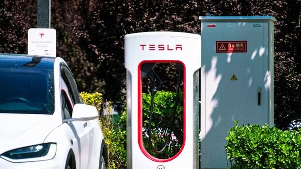 'Tesla stelt eind 2022 snelladers open voor andere merken'