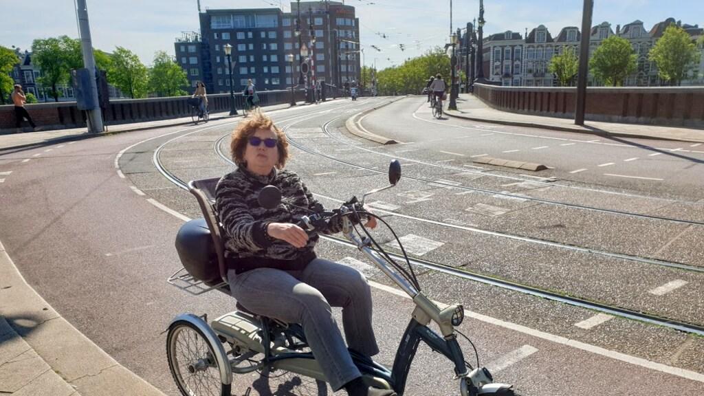 Marja in actie op haar ligfiets