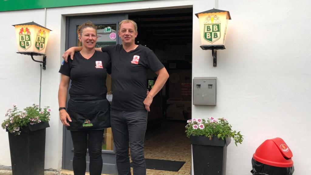 Harry Huisjes en Jeanet Scheper, de eigenaren van Brasserie International in het Belgische Ouren.