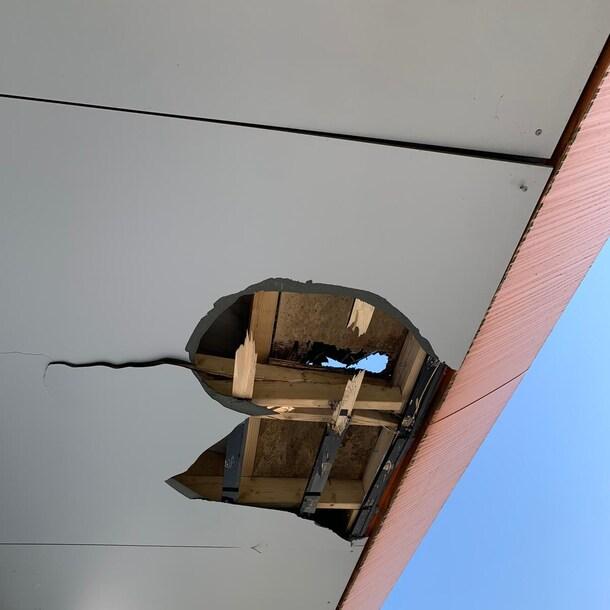 Het gat in Henry's dak