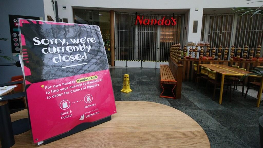 45 restaurants van Nando's gingen tijdelijk dicht door een tekort aan kip.