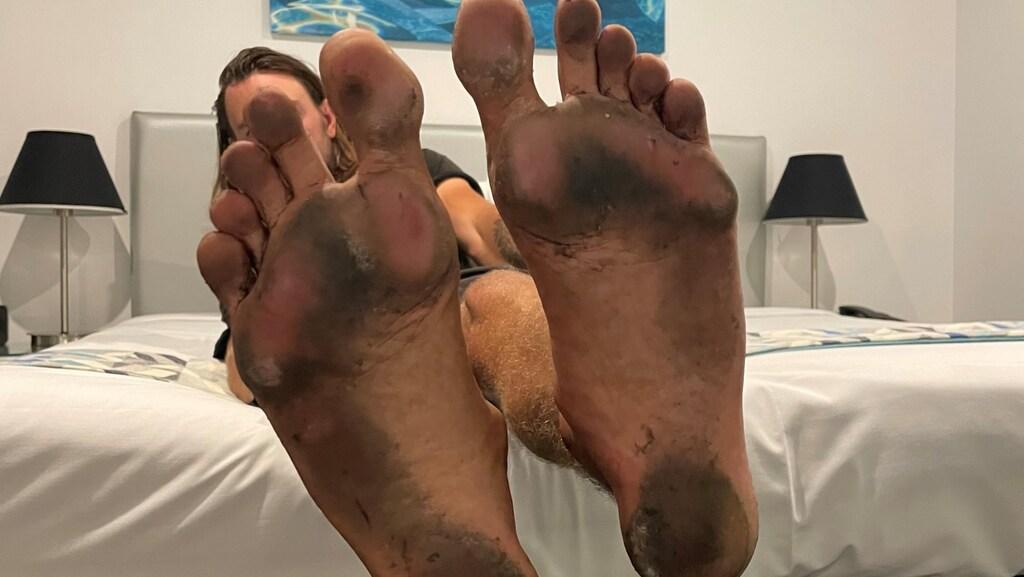 Antons voeten na ruim 27 uur nonstop lopen.