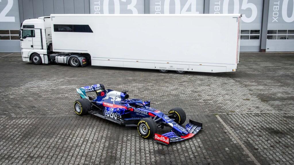 Racetrailer.com ontwikkelt opleggers voor de autosport, waaronder de Formule 1.