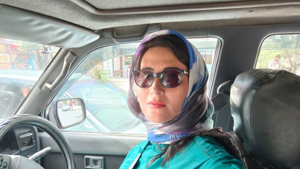 """""""Een vrouw achter het stuur? Not done in Afghanistan."""""""