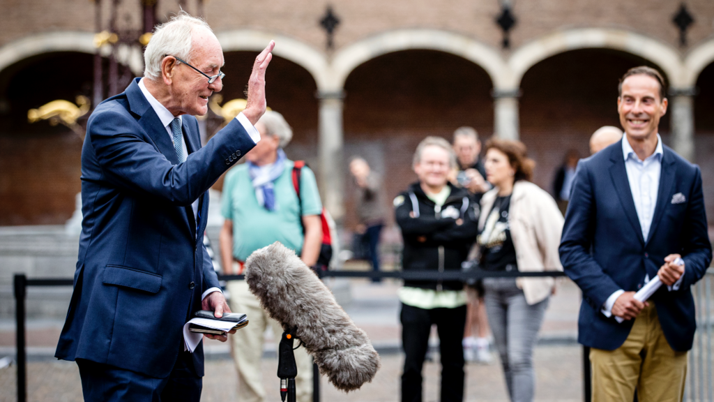 Informateur Johan Remkes op het Binnenhof