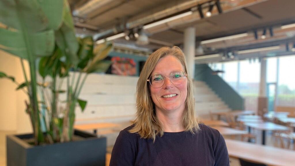 Elly Posthumus, wetenschapsjournalist bij Quest