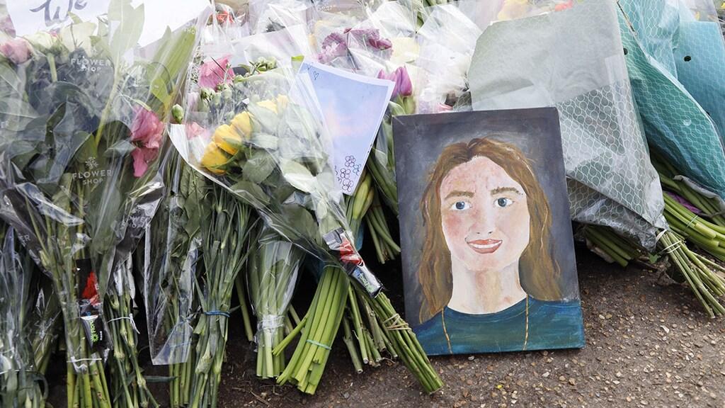 Bloemenzee bij herdenkingsplaats vermoorde Sarah Everard