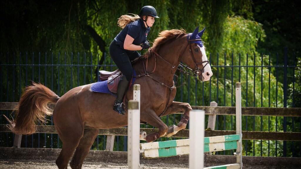 Prinses van Oranje op haar paard Mojito: © RVD - Martijn Beekman.