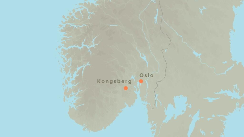 Kongsberg ligt ongeveer 80 kilometer ten westen van Oslo.