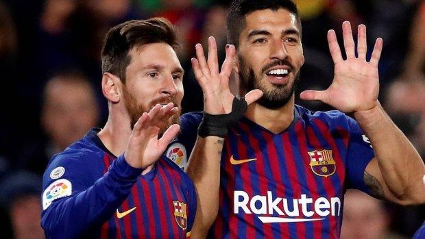 Barcelona met 400e doelpunt Messi langs Eibar