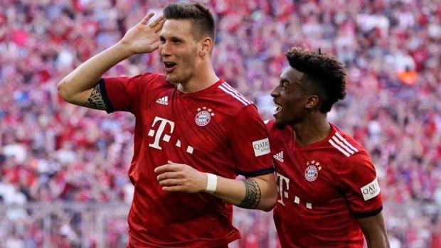 Bayern wint met hulp van ongelukkige Klaassen