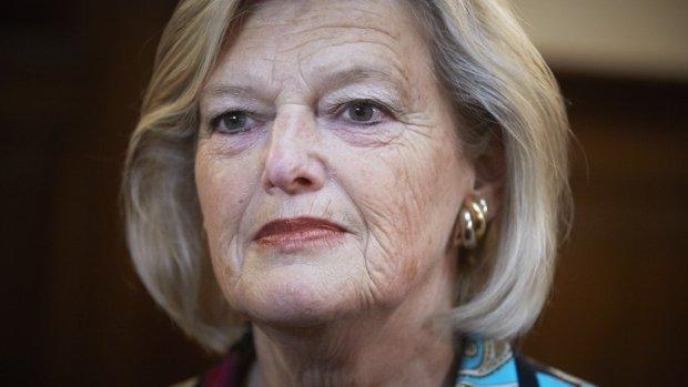 Senaatsvoorzitter vindt 'kabinetsoplossing' zorgwet maar niks