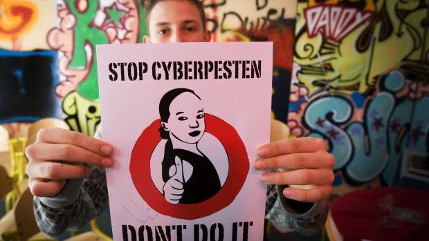 'Zeker 1 op de 5 jongeren krijgt te maken met internetpesten'