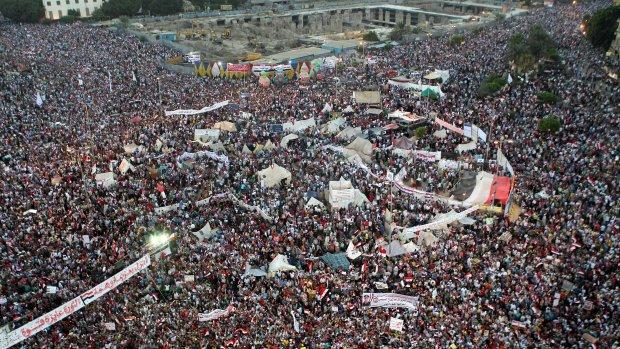 Tahrirplein vol met demonstranten