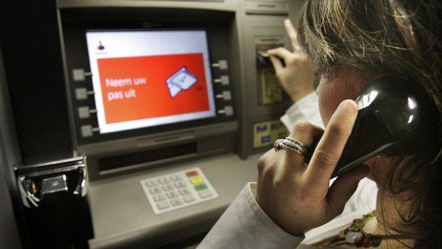 Ontslagen bankiers komen maar moeilijk aan de bak