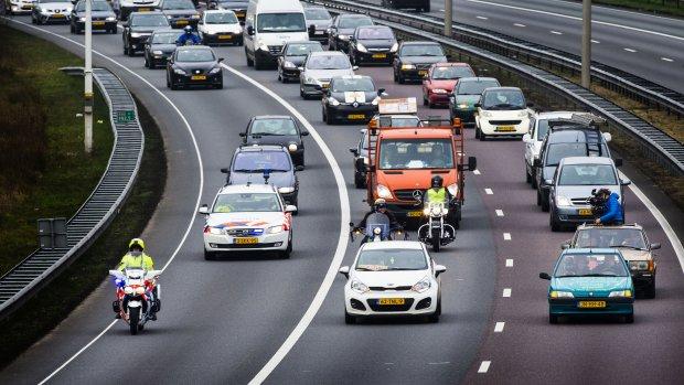 Tientallen kilometers file door acties