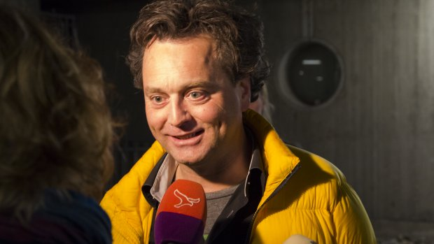Chaos in Almere: raadsleden willen tóch blijven