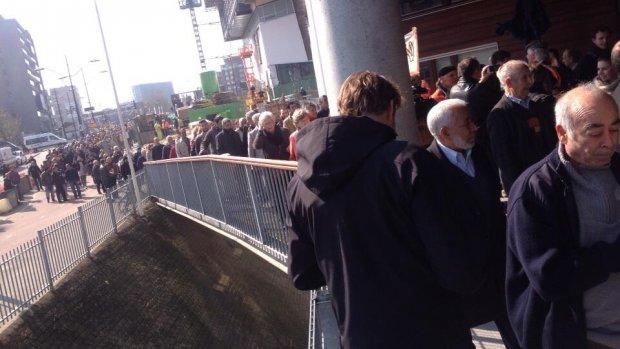Honderden mensen in de rij voor aangifte tegen Wilders