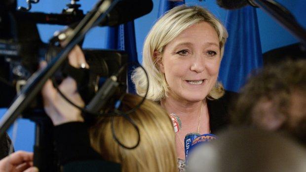Le Pen wil nationale Franse munt naast de euro