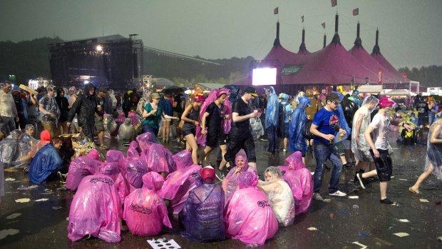 Had Pinkpop wél moeten evacueren vanwege het noodweer?