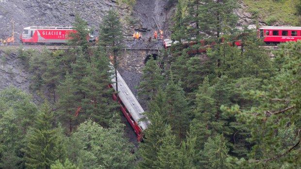 Elf passagiers Zwitserse trein gewond