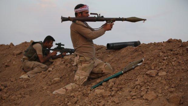 Nederland levert helmen aan Koerden