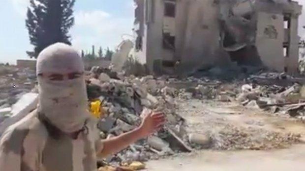 Nederlandse jihadist toont verwoesting Syrië