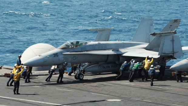 'Tientallen slachtoffers bij luchtaanvallen op IS'