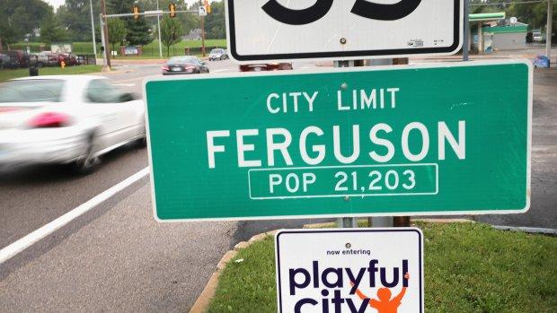 Politiechef Ferguson weg om dood Michael Brown