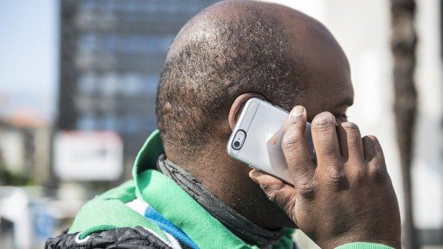 Au! Nieuwste iPhone epileert gezichtshaar