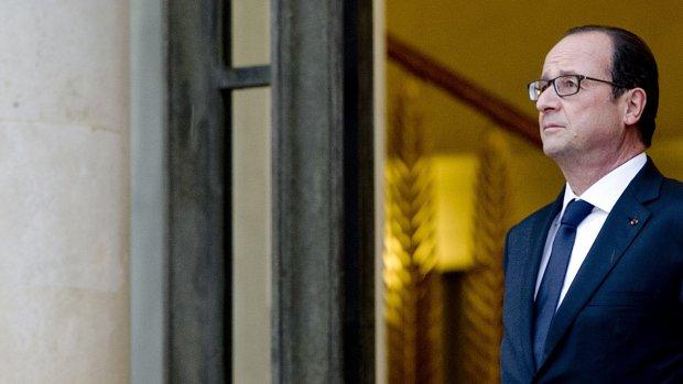 Hollande wil bufferzone voor Syrische vluchtelingen