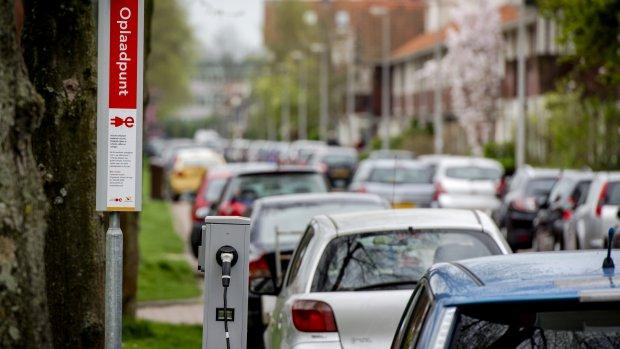 Geen milieuwinst met subsidie stroomauto's