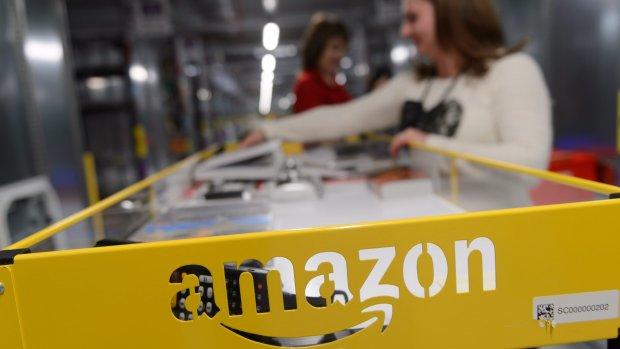 Amazon sleept 1000 nepklanten voor de rechter