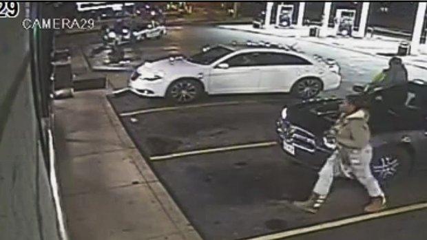 Politie St. Louis: Video toont dat Martin pistool trekt