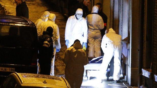 Champagne en selfies naast lijken jihadisten Verviers