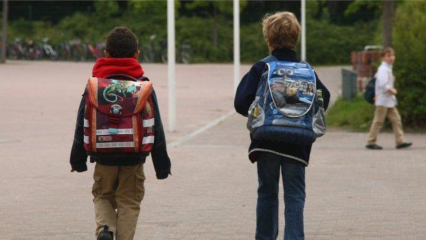Franse politie verhoort jongetje van 8 om goedpraten terrorisme