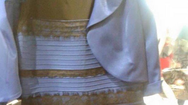 'Natuurlijk is de jurk blauw met zwart'
