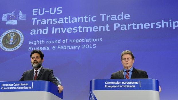 'Arbitragerechtspraak TTIP is een miljardenbusiness'