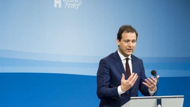 Kabinet: hoger salaris ABN-top merkwaardig