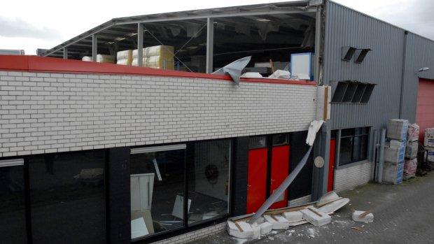 Dode en zwaargewonde door instorten gebouw Ede