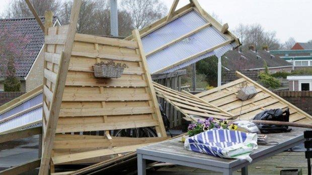 In beeld: windstoten teisteren Nederland