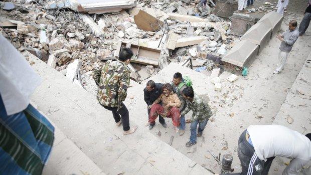 Doden door aardbeving Nepal