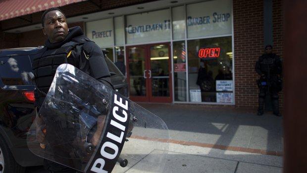 Inwoners Baltimore mogen 's avonds weer de straat op